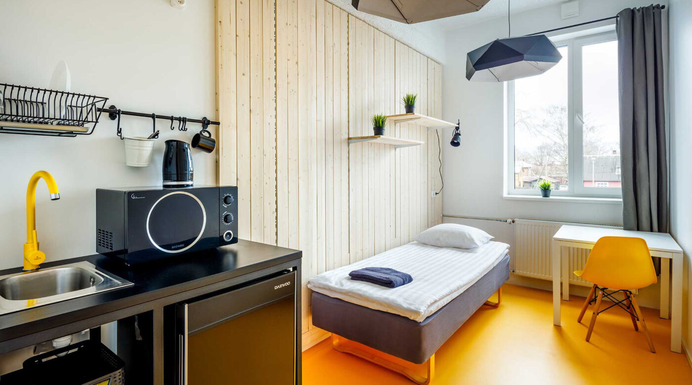 Accommodation in Tartu | Single room with kitchenette in Hektor Design Hostel